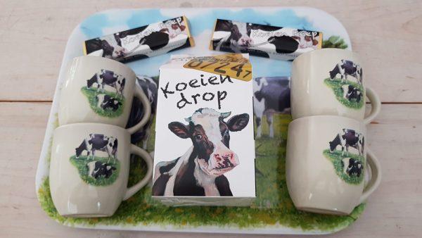 Dienblad koeien met koeienpakket